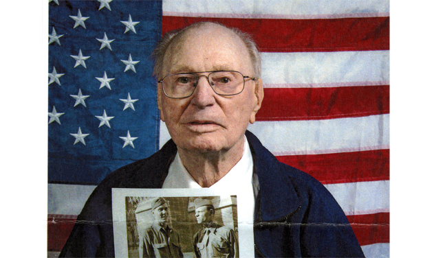 105-year-old WWII vet recalls D-Day on Higgins boat