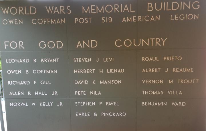 High school teacher, Marine Corps veteran honors local Palm Springs fallen heroes