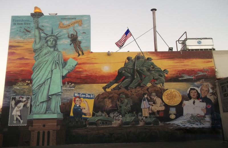 262e14411a3 Mural honors veterans in Bakersfield