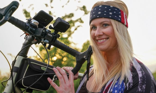 Iraq veteran reawakens during her cross-country cycling quest