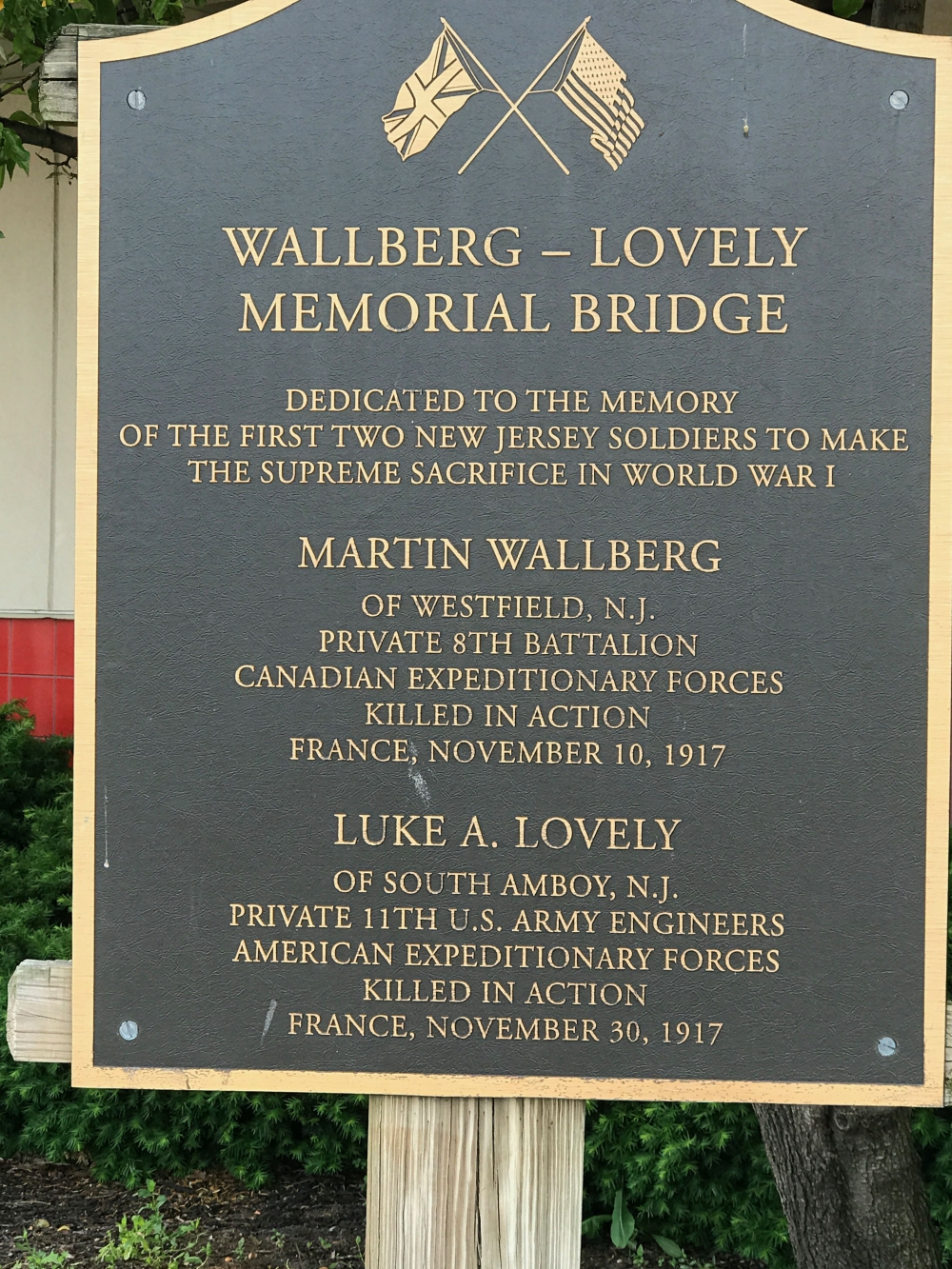 Wallberg-Lovely Bridge