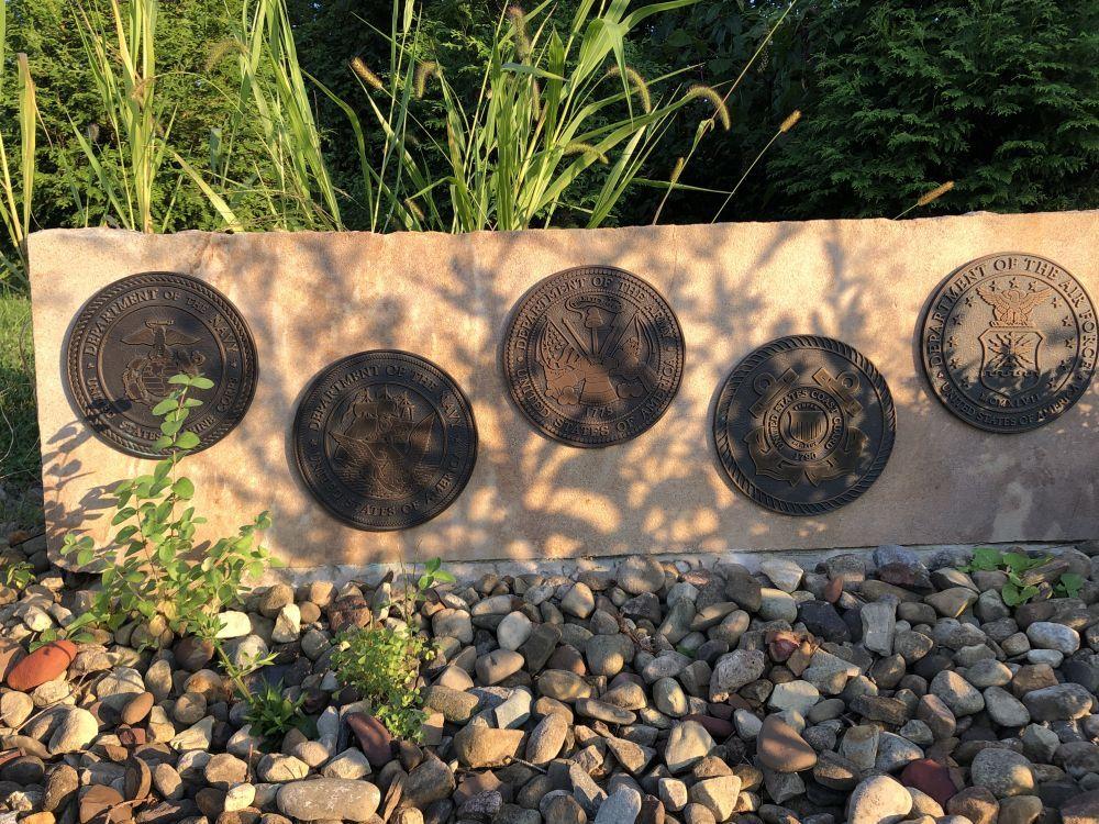 Long Run Cemetery Veterans Memorial