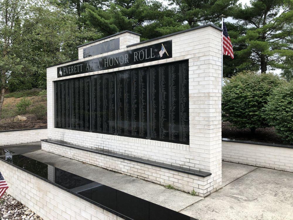 Everett War Memorials