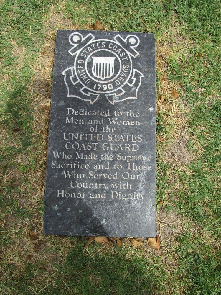 Woodlawn Cemetary Veterans Memorial