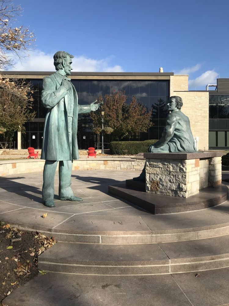 A Learning Moment Memorial, Carthage College, Kenosha, Wisconsin