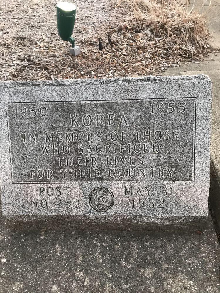 Veterans Memorial, Nipersink Middle School, Richmond, Illinois