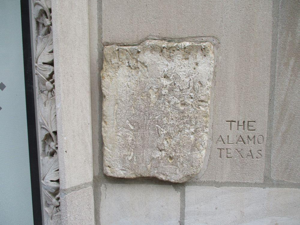 Piece of the Alamo, Chicago Tribune Building