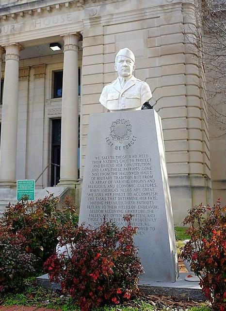 Richmond County Bust Head Monument