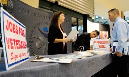 Summit focuses on veterans hiring issues