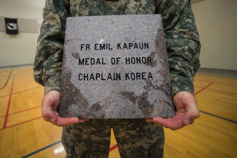 Kansas post honors two war heroes