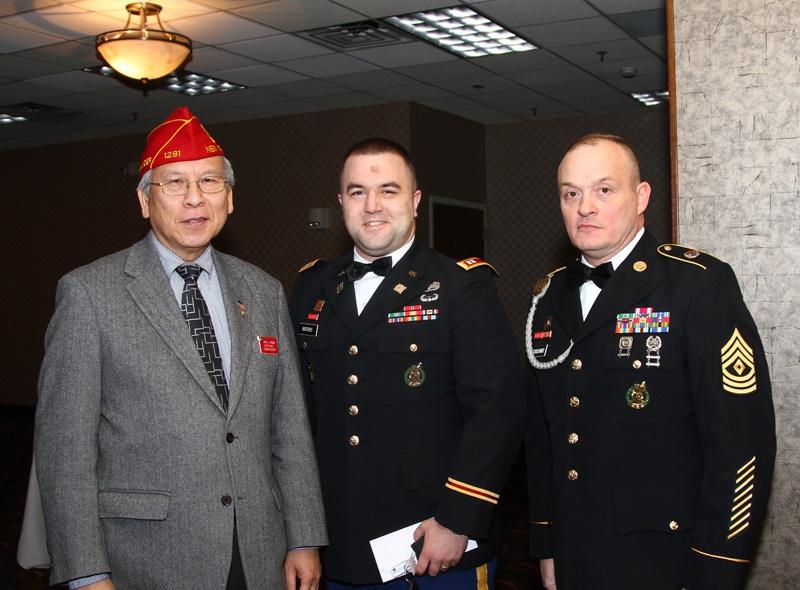 Commander Wong visits Illinois