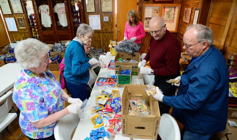 Illinois Post #235 Helps Flood Victims