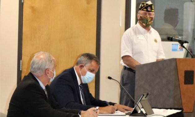 Commander shares success stories with local city council