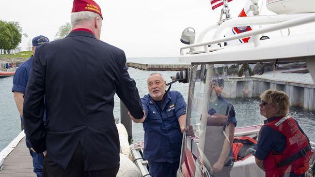 Illinois Coast Guardsmen share gratitude to the Legion