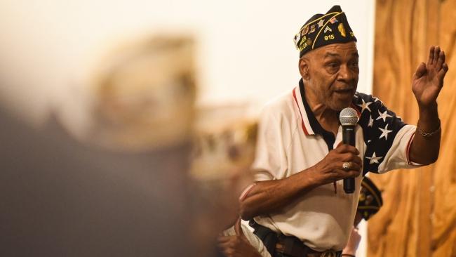 Chicago veterans voice concerns about local VA