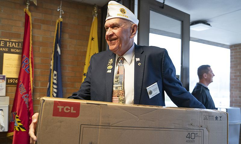 OCW donation brightens spirits at Indiana Veterans Home