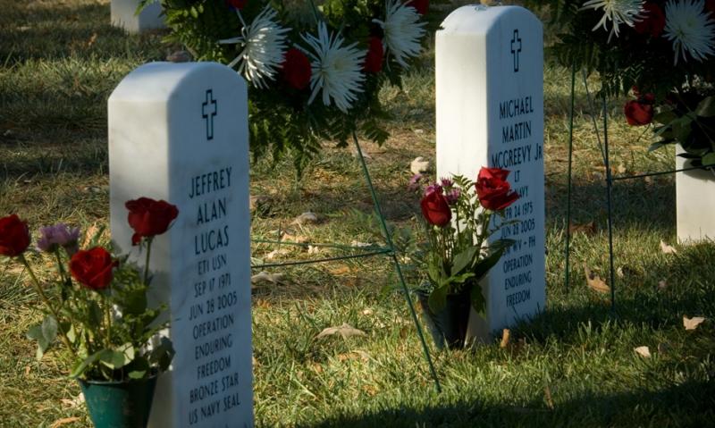 Monument commission ending flower program