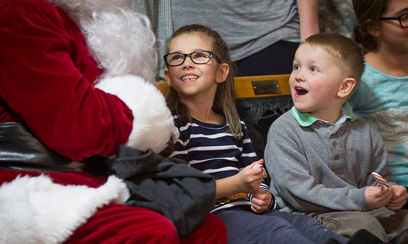 Frightful weather can't dampen Christmas spirit