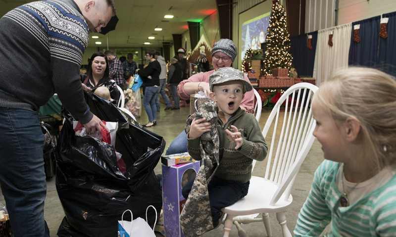 Indiana Blue Star Spirit of Christmas: An 'incredible day of giving'