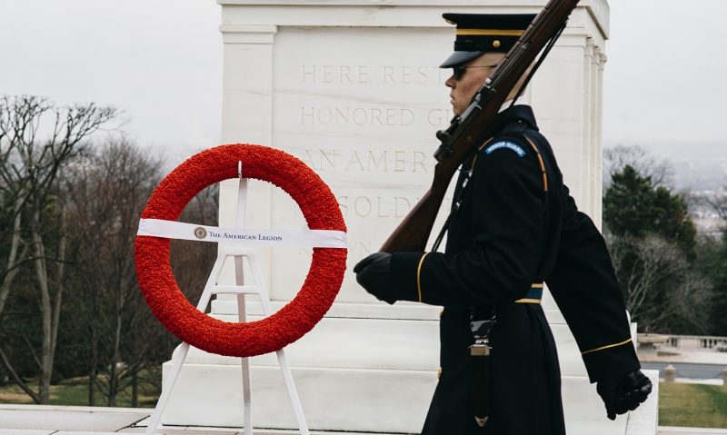 Legion honors the fallen with 25,000-poppy wreath