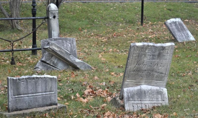 ALR chapter working to restore aging cemeteries