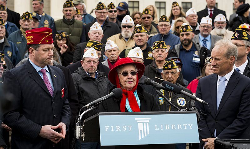 Legion Family, Gold Star Mothers show support for Bladensburg memorial