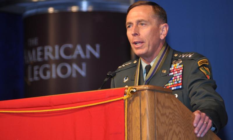 Petraeus receives Legion service medal