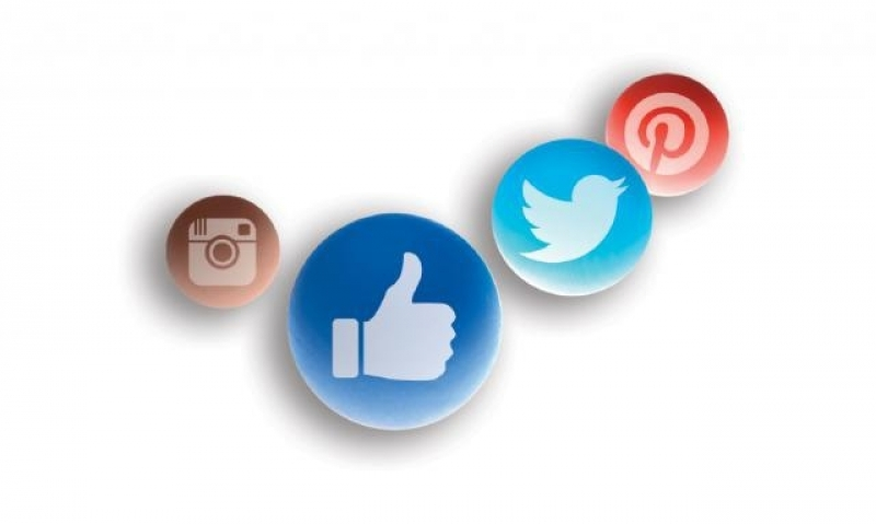 Tips and guidelines to social media postings
