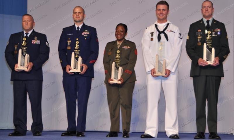 Servicemembers honored for volunteerism