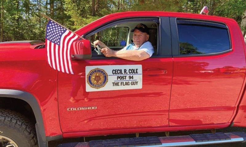 'Flag Guy' to help hand out 3,600 flags on July 4